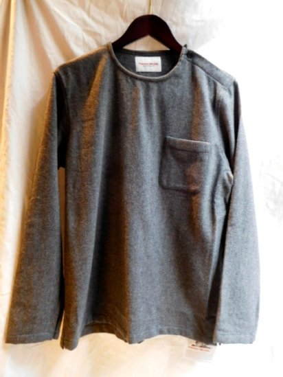 Vincent et Milleire Wool Flannel Long Sleeve Tee <br>Gray