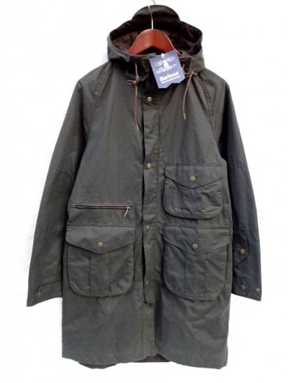 Beacon Heritage Range by Barbour x White Mountaineering APUS WAX JACKET Olive