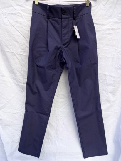 S.E.H KELLY Northern Ireland Showerproof Cotton Narrow Trousers Made in England Navy