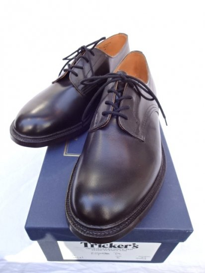 Tricker's  x MARGARET HOWEWLL