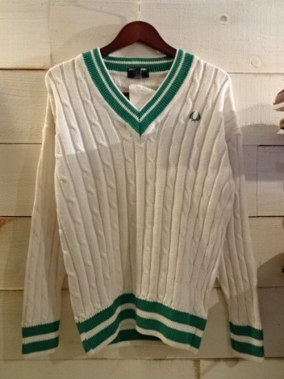 90's Dead Stock FRED PERRY Cotton Knit V-Neck Sweater<BR>SALE! 12,800 + Tax → 7,680 + Tax