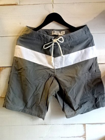 J.Crew Swim Shorts Gray/White<BR>SALE! 6,800 + Tax → 3,800 + Tax