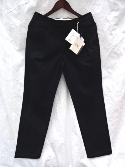 RICCARDO METHA 2 Tuck Tapered Trousers Made in Italy Black