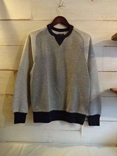 J.Crew Front Gazette  Sweat Shirts Gray<BR>SALE! 7,800 + Tax → 3,900 + Tax