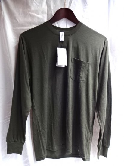 good & woolen 17.5μ Superfine New Zealand Merino Wool L/S Pocket Tee Made in Japan Olive