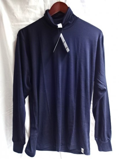 good & woolen 17.5μ Superfine New Zealand Merino Wool L/S Turtle Tee Made in Japan Navy