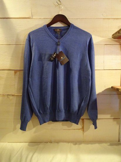 TOSCANO Merino Wool V-Neck Sweater Made in Italy<BR>SALE! 12,800 + Tax → 6,400 + Tax