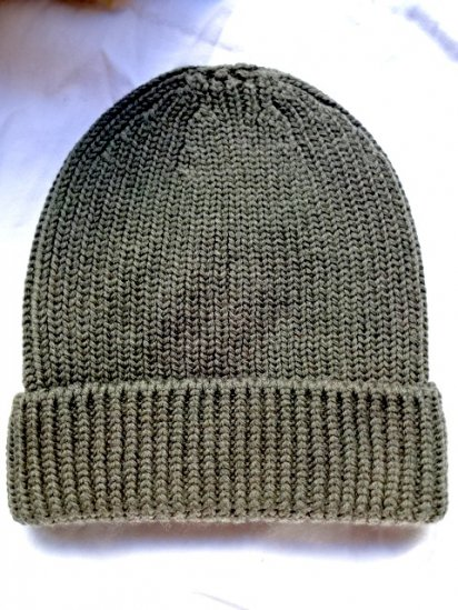 Made in France 100% Wool Knit Cap Olive
