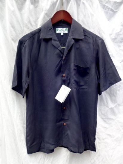 TWO PALMS Aloha Shirts Made in Hawaii  <BR>  Navy