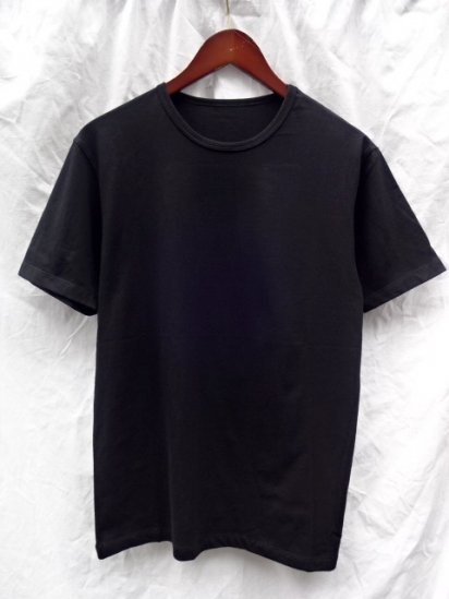 Made in Britain & Binder Neck T shirts Black