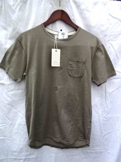 KESTIN HARE Darlington Tee Olive<BR>SALE! 7,800→ 5,460 + Tax