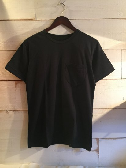 Made in Britain Binder Crew Neck Pocket Tee Black<BR>SALE! 4,800 + Tax → 2,880 + Tax