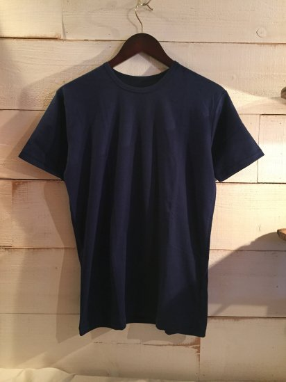 Made in Britain Binder Crew Neck Tee Navy<BR>SALE! 4,500 + Tax → 2,700 + Tax