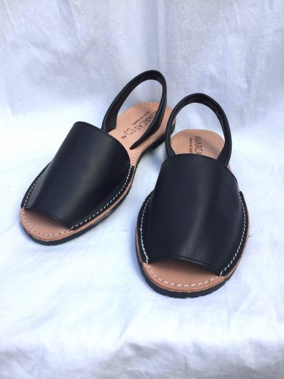 Avarcas Smooth Leather Sandal MADE IN SPAIN Black<BR>SALE!! 7,400→ 5,180 + Tax