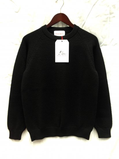 Vincent et Mireille Moss Stitch Knit Crew Neck Sewater Black