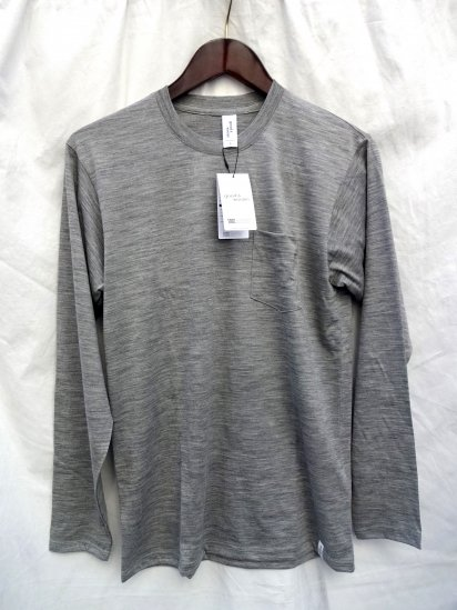 good & woolen 17.5μ Superfine New Zealand Merino Wool Crew Made in Japan Light Gray