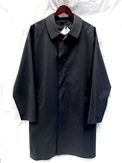 Mackintosh by Francis Campelli made in Ireland<BR>1 Panel Sleeve Single Mac Coat INK