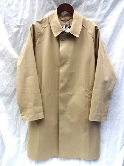 Mackintosh by Francis Campelli made in Ireland<BR>1 Panel Sleeve Single Mac Coat Camel