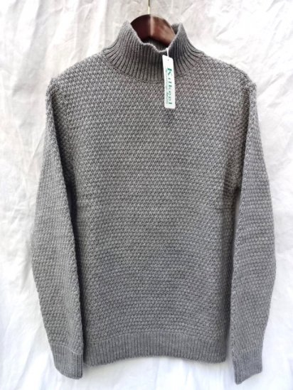 KILKEEL MOSS STITCH TURTLE NECK MADE IN GREAT BRITAIN GRAY