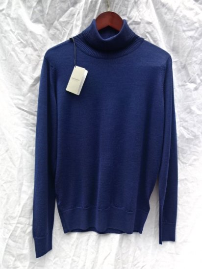 John Smedley A4255 Wool Turtle Neck Pullover Made in England Indigo