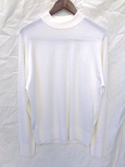 John Smedley A4206 Wool Mock Neck Pullover Made in England Natural