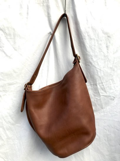 Old COACH Leather Bag MADE IN U.S.A Good Condition Tan