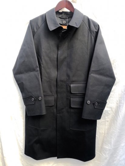 Mackintosh by Francis Campelli made in Ireland 1 Panel Sleeve Chester Type Single Mac Coat INK