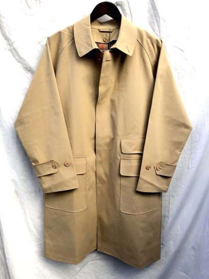 Mackintosh by Francis Campelli made in Ireland 1 Panel Sleeve Chester Type Single Mac Coat Camel