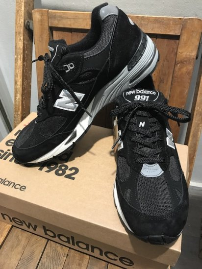 NEW BALANCE 991 Made in ENGLAND Black Suede