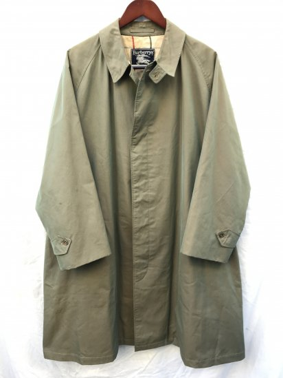 "60's Vintage burberrys' ""Walking Pattern"" 1 Piece Sleeve Balmacaan Coat"