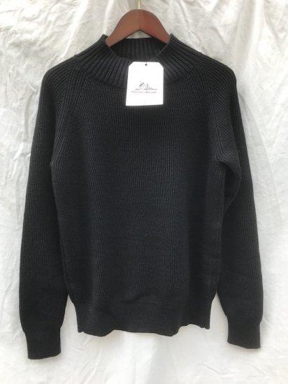 Vincent et Mireille 8GG AZE Knit Turtle Neck Sweater Black
