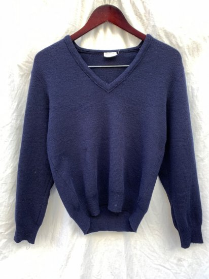80's Vintage Marine National (French Navy) Wool Knit V-Neck Sweater made by