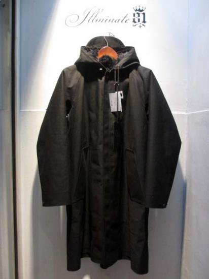 104 Mackintosh Rubberised fooded Coat Made in Scotland