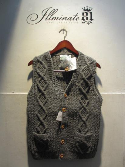 INVERALLAN 9H Button Front Vest Made in Scotland Gray