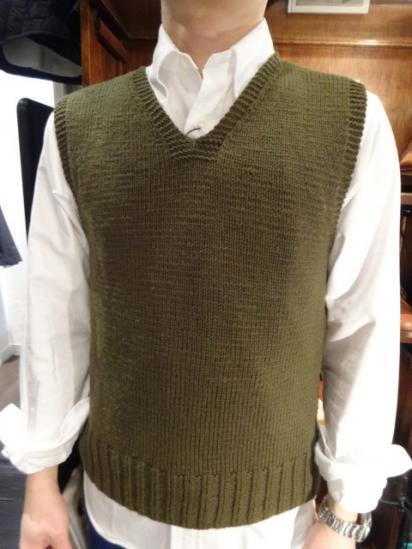 40-50's Vinatage American Red Cross Knit Vest Style sample