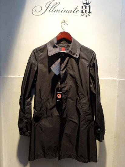 INVERTERE Limonta Nylon Packable Coat Made in ENGLAND Black<BR>SALE! 62,000 → 55,000 +Tax