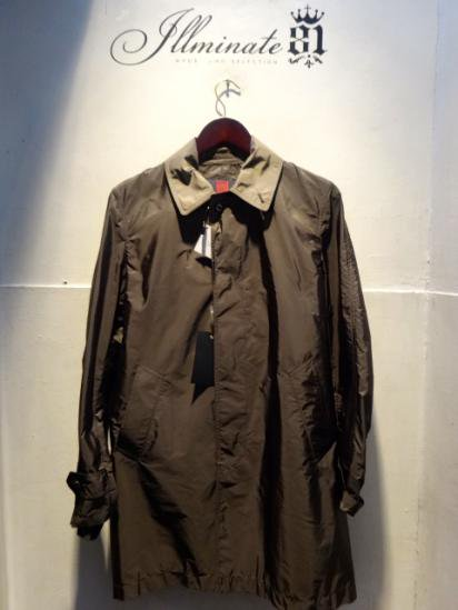 INVERTERE Limonta Nylon Packable Coat Made in ENGLAND Olive<BR>SALE! 62,000 → 55,000 + Tax<BR>