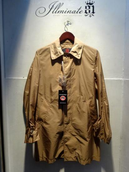 INVERTERE Limonta Nylon Packable Coat Made in ENGLAND Beige <BR>SALE! 62,000 → 55,000 + Tax