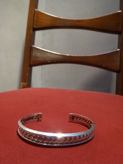 NAVAJO Silver Stamp Bracelet