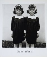<img class='new_mark_img1' src='https://img.shop-pro.jp/img/new/icons50.gif' style='border:none;display:inline;margin:0px;padding:0px;width:auto;' />Diane Arbus: An Aperture Monograph 40 Anv Edition ダイアン・アーバス