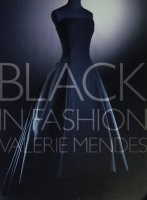 Black in Fashion by Valerie D. Mendes バレリー・D・メンデス