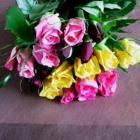 バラの花束(色とりどり)