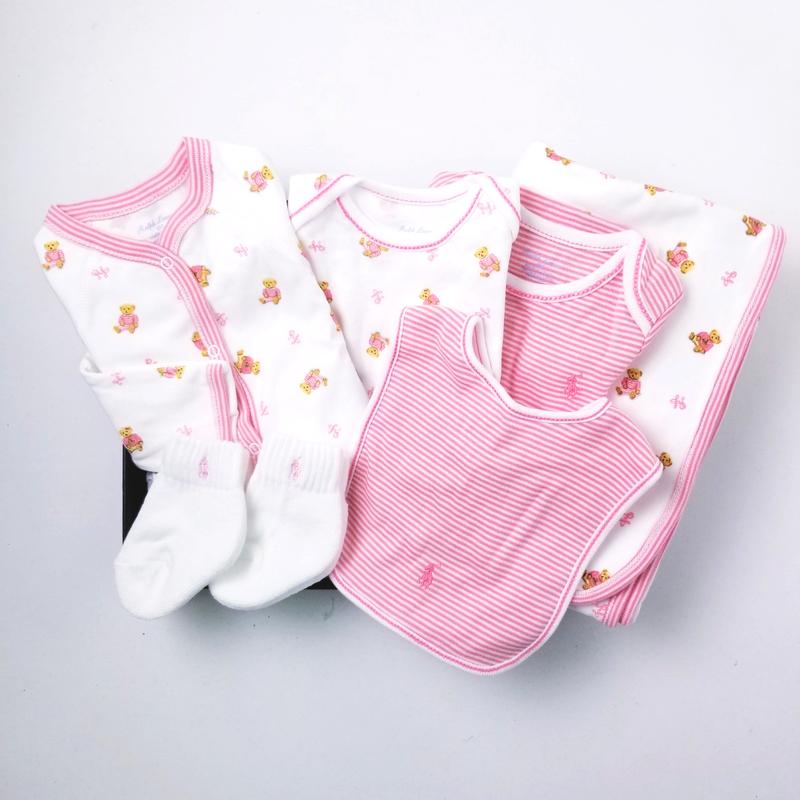 【ラッピング・送料無料】クマ柄・5ピースギフトセット[ピンク](女の子6〜9か月用)