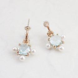 Calypso Charm ( Pearl )