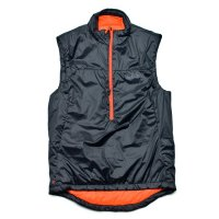 <img class='new_mark_img1' src='https://img.shop-pro.jp/img/new/icons20.gif' style='border:none;display:inline;margin:0px;padding:0px;width:auto;' />OMM   ROTOR VEST