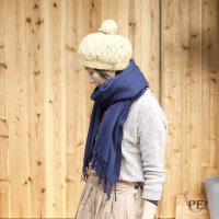 <img class='new_mark_img1' src='//img.shop-pro.jp/img/new/icons20.gif' style='border:none;display:inline;margin:0px;padding:0px;width:auto;' />【10% OFF】  HIGHLAND TWEEDS   STOLE SOLID