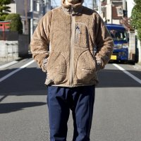<img class='new_mark_img1' src='https://img.shop-pro.jp/img/new/icons7.gif' style='border:none;display:inline;margin:0px;padding:0px;width:auto;' />and wander  high loft fleece jacket