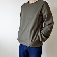 <img class='new_mark_img1' src='https://img.shop-pro.jp/img/new/icons7.gif' style='border:none;display:inline;margin:0px;padding:0px;width:auto;' />BURLAP OUTFITTER   LS Crew Neck  Pocket Tee