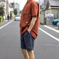 <img class='new_mark_img1' src='https://img.shop-pro.jp/img/new/icons7.gif' style='border:none;display:inline;margin:0px;padding:0px;width:auto;' />and wander  CORDURA typewriter  short sleeve over shirt