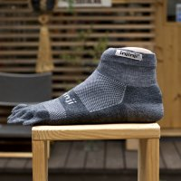 injinji  OUTDOOR Midweight  Mini Crew Nu Wool